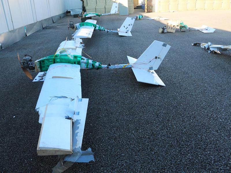 Минобороны России опубликовало новое фото кустарных, но ударных дронов, перехваченных во время атаки на базы РФ в Сирии