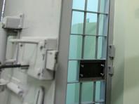 Краснодарского студента, загасившего сигарету об икону, посадили на 9 суток, но за другой проступок