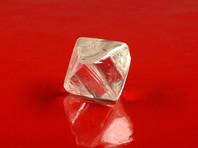 В Якутии нашли два редких крупных алмаза