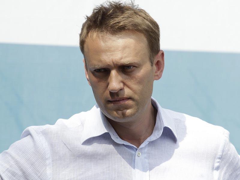 """Благодаря этому интервью, как пояснил сам Навальный, его команде удалось выяснить """"определенные детали про Приходько"""", получить """"ясные свидетельские показания"""", опровергнуть """"все конспирологические теории"""" вокруг расследования и не дать """"властям просто тихо замять тему"""""""