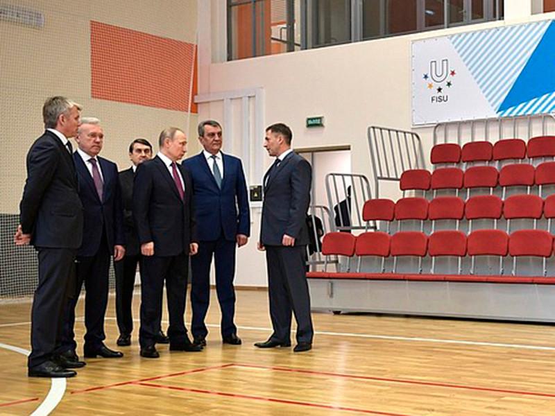 В программе Владмира Путина - осмотр спортивных объектов, строящихся к зимней Универсиаде-2019, и совещание