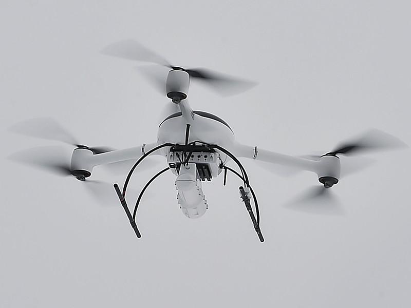 """Минтранс хочет внести поправки в Воздушный кодекс, чтобы на законодательном уровне закрепить возможность """"принуждать к посадке, повреждать или уничтожать"""" беспилотники, без разрешения пересекающие воздушное пространство."""