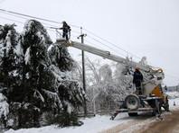 В Центральной  России  из-за снегопадов  без  света  остались около 60 тысяч человек в 600 населенных пунктах