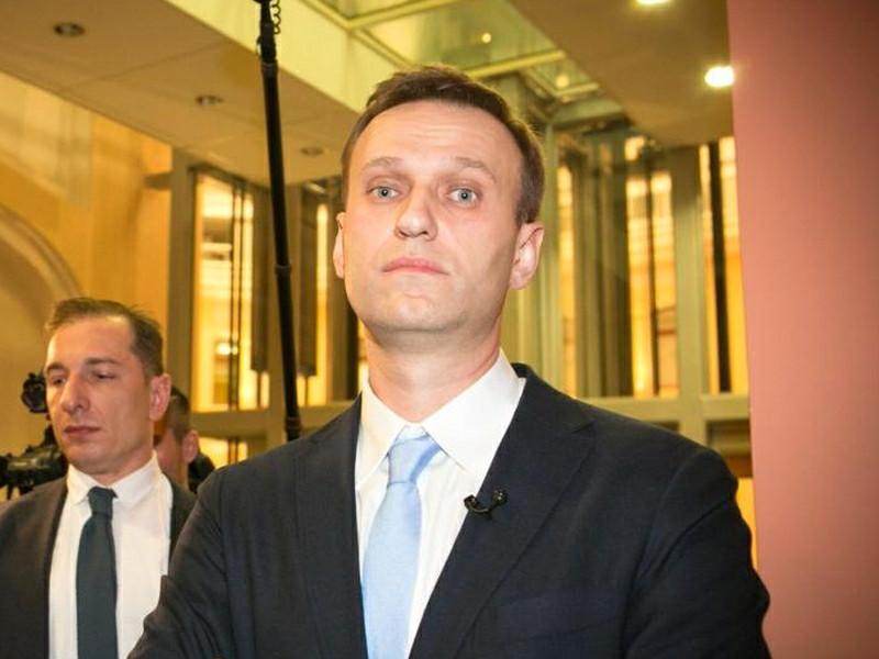 Навальный подал в суд на Роскомнадзор, пытающийся заблокировать его расследование о Приходько и Дерипаске