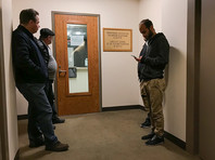 Днем в понедельник, 26 марта, США заявили о высылке сразу 60 российских дипломатов. Также США приняли решение о закрытии Генконсульства России в Сиэтле