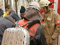 """На месте работают бригады скорой помощи, сообщил ТАСС источник в экстренных службах региона: """"Здесь работают семь бригад скорой помощи, штаб уже разворачивается. Пока информация о четырех пострадавших, все живы"""""""