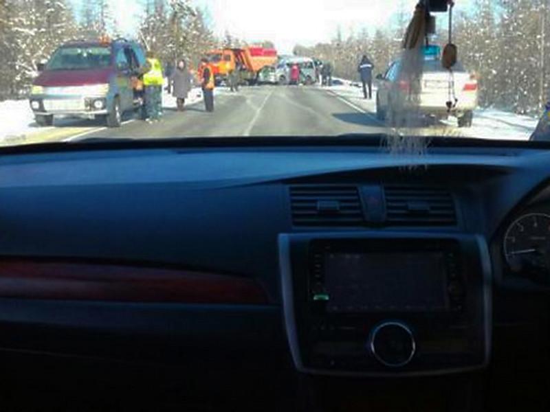 В Якутии микроавтобус столкнулся со снегоуборщиком: погибли четыре человека