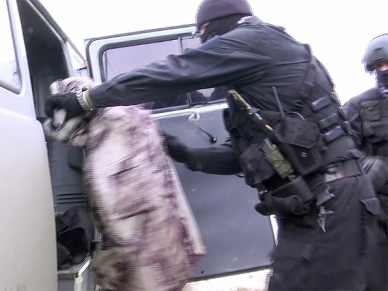"""Спецкора """"Эксперта"""" избили после статьи про сфабрикованные посадки чиновников на Сахалине"""