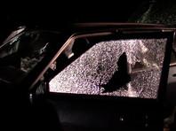 По официальным данным, террористы пытались скрыться на машине и при попытке задержания открыли огонь по сотрудникам ФСБ