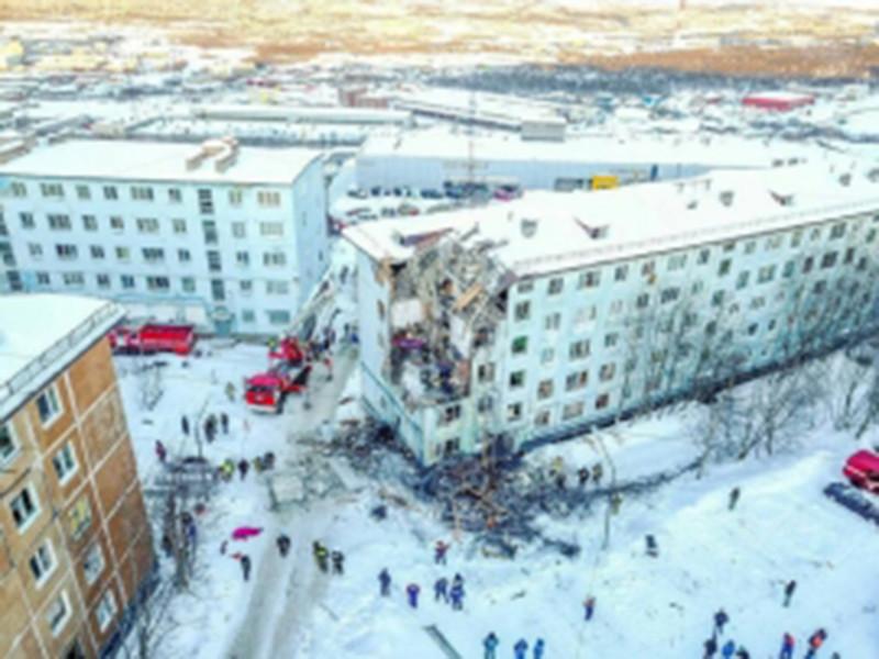 В больнице скончались двое пострадавших при взрыве бытового газа в мурманской пятиэтажке по улице Свердлова, дом 6/1