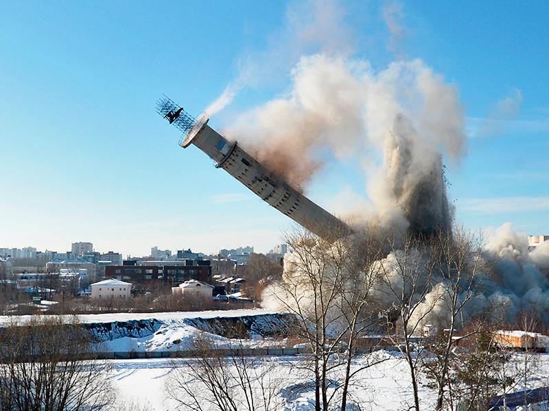 В центре Екатеринбурга в субботу утром взорвали недостроенную телебашню - одно из самых знаменитых зданий в городе