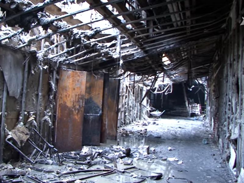 """За медицинской помощью после пожара в кемеровском торговом центре """"Зимняя вишня"""" обратились еще восемь человек. Таким образом, общее количество пострадавших выросло до 76"""