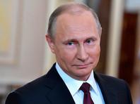 Путин поздравил россиянок с 8 марта, похвалив их за многодетность и умение прощать