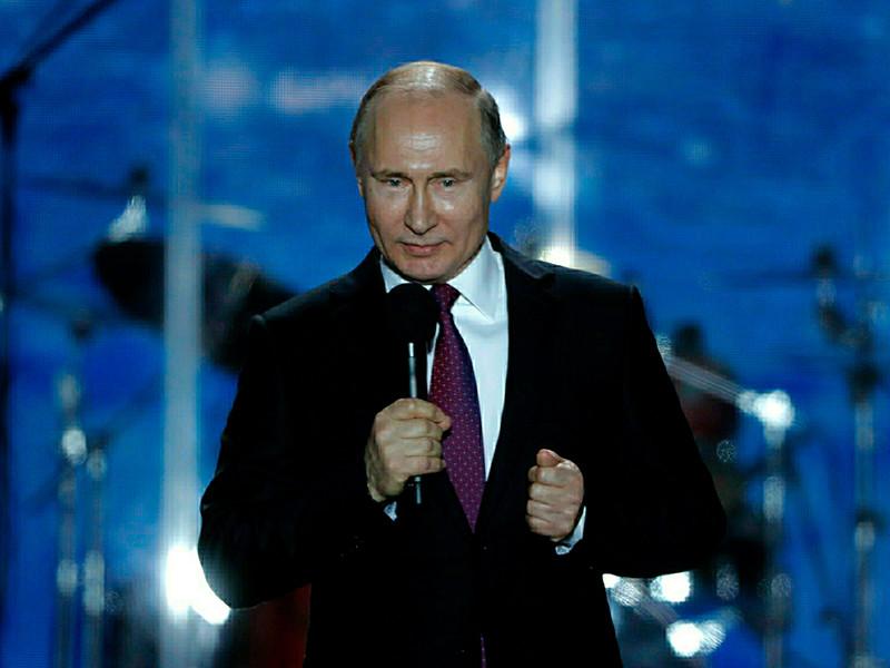 """Президент РФ Владимир Путин в преддверии выборов 18 марта обратился к согражданам и призвал всех прийти на избирательные участки, чтобы """"выбрать будущее для великой, любимой нами России""""."""