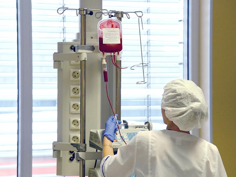 В одной из клиник Москвы девушка скончалась из-за врачебной ошибки, допущенной в больнице Ульяновска. Вместо физраствора ей ошибочно ввели формалин, и несмотря на все усилия московских врачей, пациентку спасти не удалось