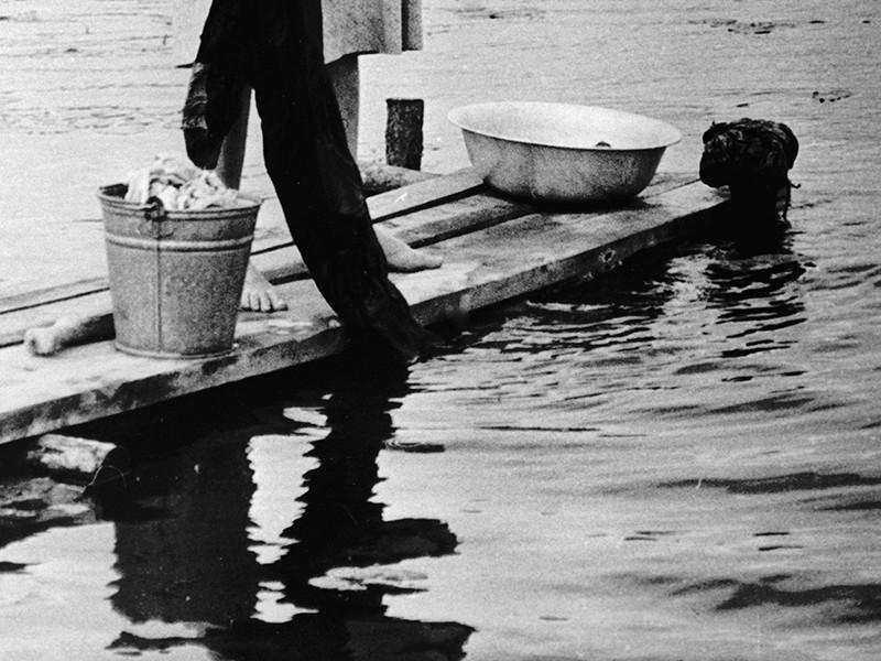 Администрация города Великий Устюг в Вологодской области объявила на сайте госзакупок электронный аукцион на выполнение работ по обустройству, обслуживанию и демонтажу мест для стирки и полоскания белья на реке Сухоне