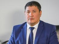 Глава Минздрава Якутии Охлопков во время перелета из Москвы спас жизнь страдающему эпилепсией пассажиру