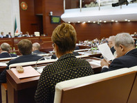 Депутаты Государственного совета Татарстана на заседании в среду, 25 апреля, приняли обращение к председателю Госдумы Вячеславу Володину по поводу поправок в закон об образовании в РФ