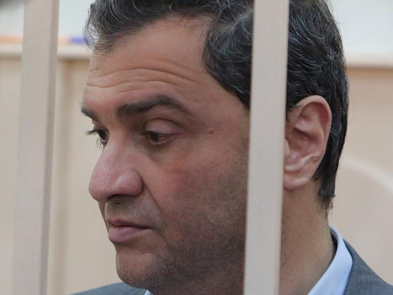 Суд решает вопрос об аресте экс-замминистра культуры Пирумова, обвиняемому вызывали скорую