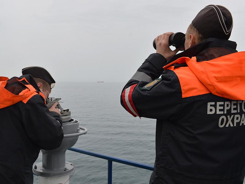 """ФСБ подтвердила задержание в Азовском море украинских """"браконьеров"""""""