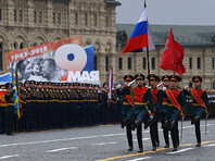 Военный парад в честь 73-й годовщины Победы в Великой Отечественной войне проходит на Красной площади в Москве