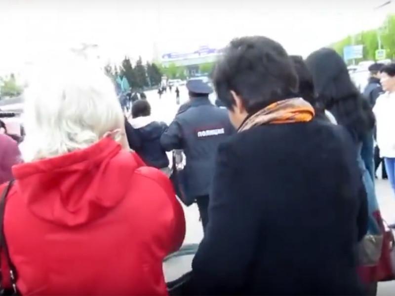 В Улан-Удэ полиция 14 мая разогнала несанкционированный митинг против вырубки леса китайской компанией в Закаменском районе
