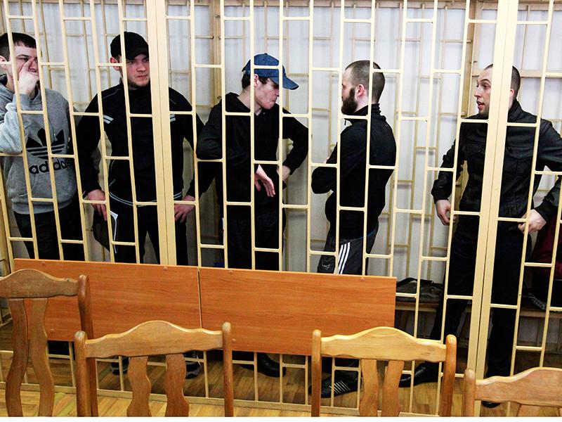 """Суд в третий раз вынес приговор """"приморским партизанам"""", назначив им от 8 до 25 лет лишения свободы"""