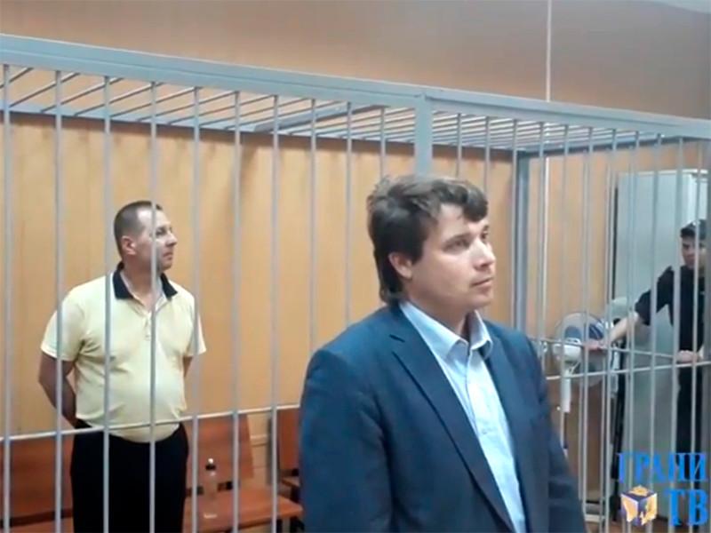 Многодетного москвича Шатровского осудили на три года за нападение на полицейского, от которого он сам пострадал