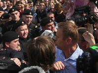 При этом в суде рассматриваются два административных протокола, составленных в отношении Навального. Первый - по части 8 статьи 20.2 КоАП, второй - по части 1 статьи 19.3 КоАП (неповиновение требованию полицейского)
