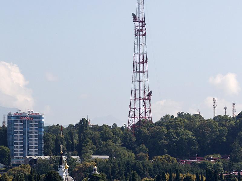 Краснодарский радиотелевизионный передающий центр в связи с подготовкой города Сочи к проведению матчей чемпионата мира по футболу принял решение с 21 по 31 мая ограничить трансляцию телеканалов и радиостанций