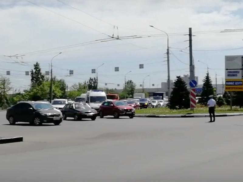 В полиции Волгограда прокомментировали сообщение о перекрытии проезда скорой помощи из-за кортежа Валентины Матвиенко, парализовавшего на некоторое время улицы центральных районов города