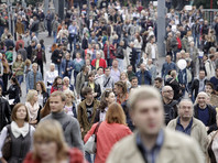 """Число россиян, считающих, что Россия находится в международной изоляции, достигло максимума (56%), сообщают """"Ведомости"""" со ссылкой на данные опроса """"Левада-центра"""""""
