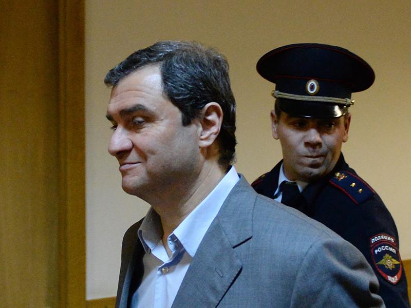 ФСБ задержала за новые махинации вокруг Эрмитажа уже судимого экс-замминистра культуры Пирумова