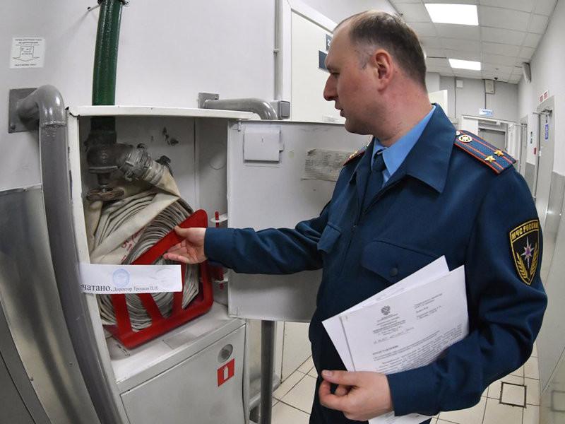 """МЧС подготовило поправки в закон """"О пожарной безопасности"""" после трагедии в """"Зимней вишне"""""""