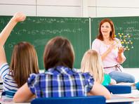 Майские указы президента 2012 года о доведении заработной платы педагогов до средней зарплаты в регионе до сих пор не выполнены, а из-за отсутствия единых критериев оценки эффективности учителей их зарплаты в разных регионах различаются более чем в четыре раза