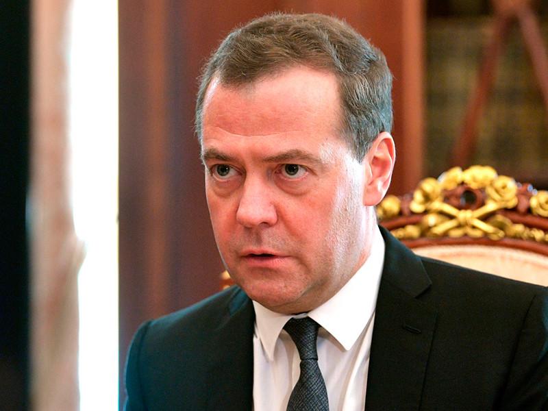 КПРФ и СР не будут голосовать за Медведева, но это ни на что не повлияет