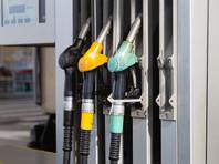 Падение рейтингов социологи связывают с резонансными событиями последнего времени - ростом цен на бензин и объявлением о повышении пенсионного возраста