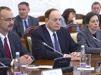 Прибывшую в РФ делегацию конгрессменов из США возглавляет председатель комитета конгресса США по ассигнованиям Ричард Шелби