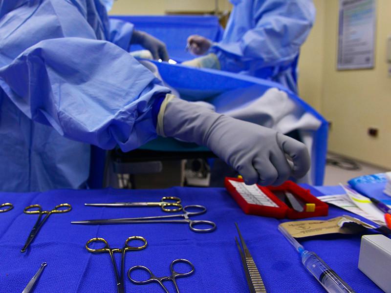 Женщина умерла в клинике в центре столицы во время операции по интимной пластике