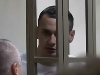Адвокат посетил Сенцова: выглядит хуже, хотели госпитализировать