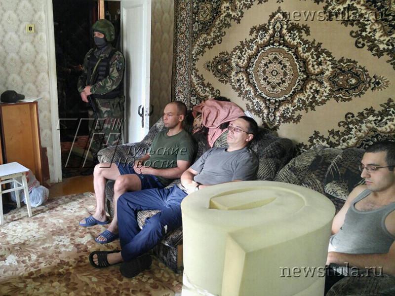 """В Тульской области более 20 человек задержаны по подозрению в экстремистской деятельности. По предварительным данным, все задержанные состояли в группе под названием """"Партизанская правда"""""""