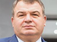 Сердюкова спросили насчет его свадьбы с Васильевой, но он не захотел об этом говорить