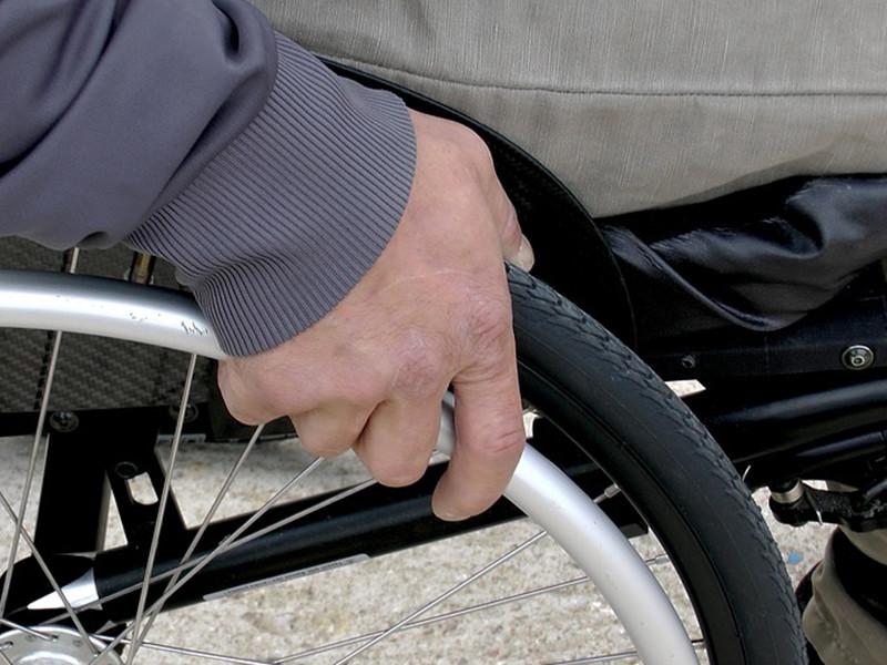 В городе Братске Иркутской области полицейские избили инвалида-колясочника Максима Безденежных