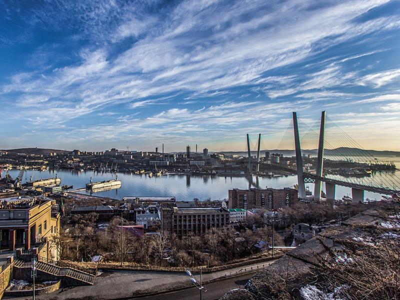 Командующий Тихоокеанским флотом адмирал Сергей Авакянц предложил сменить название региона Дальний Восток