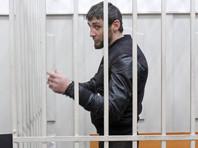 Осужденный за убийство Немцова Дадаев голодает около двух недель в ШИЗО