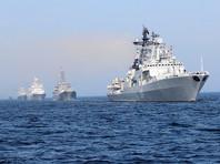 Парад проходит в исторической части Санкт-Петербурга и на Кронштадтском рейде. В торжественном смотре задействованы корабли, подводные лодки, катера, самолеты и вертолеты Балтийского, Северного, Черноморского флотов и Каспийской флотилии