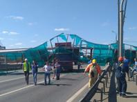 Самосвал въехал в опору на Ярославском шоссе, заблокировав движение в обе стороны (ВИДЕО)