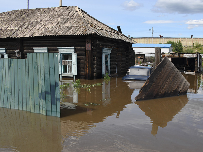 В администрации Читы признали, что не предупредили о последствиях повышения уровня рек в Забайкалье всех жителей города. Об этом говорится в сюжете телеканала РенТВ, вышедшем в эфир 11 июля