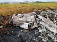 Следственный комитет Российской Федерации опубликовал на своем YouTube-канале видео с места крушения, на котором видно, что от вертолета в результате падения, последующего взрыва и пожара практически ничего не осталось