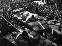 """Всего треть россиян знают, что такое """"Пражская весна"""", и с вводом танков больше согласных, чем несогласных"""